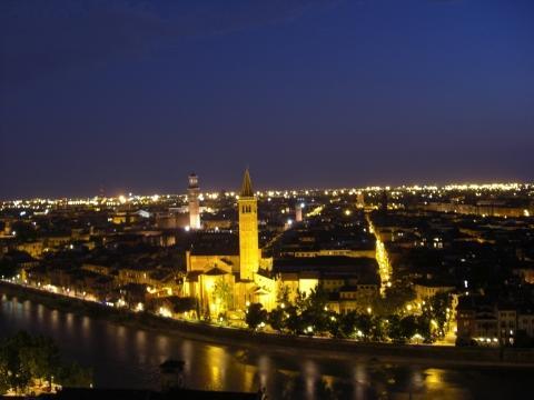 Verona am Abend - (Kurztrip, Wochenendreise, Abfahrt Muenchen)
