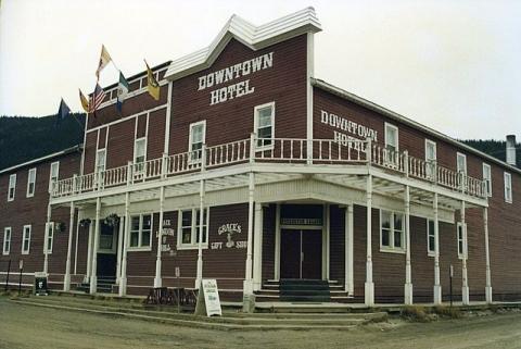 Downtown Hotel, Dawson City, Yukon, Kanada - (Amerika, Kanada, Ort)