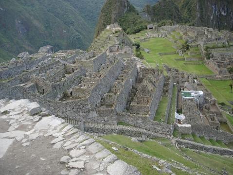 Ohne Touris am Machu Picchu - (Südamerika, Peru, Machu-Pichu)