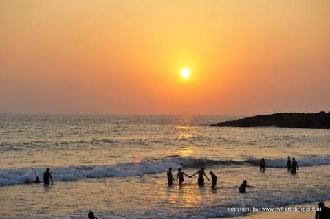 Kovalam im Abendsonnenschein - (Asien, Indien, Goa)
