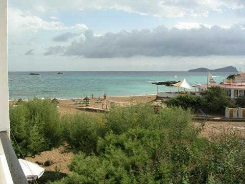 Chillout Cafe am platja Es Figueral - (Spanien, Strand, Ibiza)