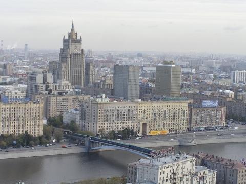 Blick vom Hotel Ukraina auf Novy Arbat - (Russland, Moskau, Hochhaus)