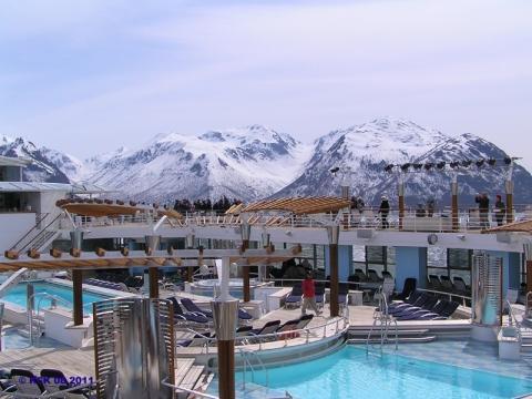 Celebrity Summit in Alaska - (Kreuzfahrt, Schiffsreise, Reederei)