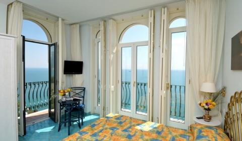 """Zimmer """"Aurora"""" (Villa Maria Luigia in Amalfi) - (Italien, Hotel, Amalfiküste)"""