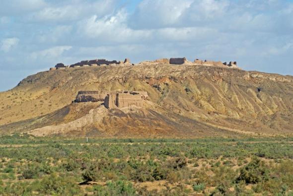 Toprak Kale - (Sehenswürdigkeiten, Stadt, Usbekistan)