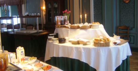 frühstücks bufett - (Hotel, Reiseziel, Skandinavien)