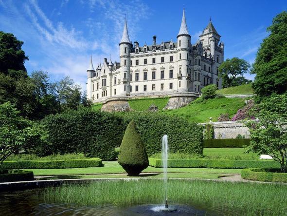 Dunrobin Castel - (Sehenswürdigkeiten, Großbritannien, Schottland)