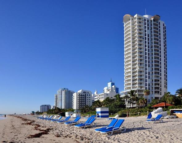 Der Strand vom Holiday Inn Miami Beach Oceanfront - (USA, Hotel, Strand)
