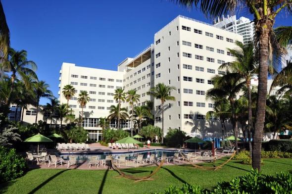 Das Holiday Inn Miami Beach Oceanfront - (USA, Hotel, Strand)