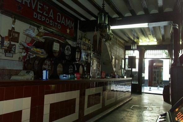 tapa bar - (Spanien, Fluggepaeck, Schinken)