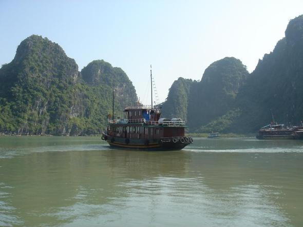Halong Bucht - (Asien, Vietnam, Laos)