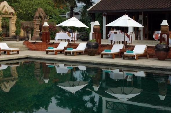 """Der Pool des Hotels """"La Résidence Phou Vao"""" Luang Prabang - (Hotel, Asien, Wellness)"""