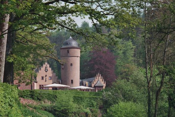 Schloss Mespelbrunn - (Deutschland, Restaurant, Essen gehen)