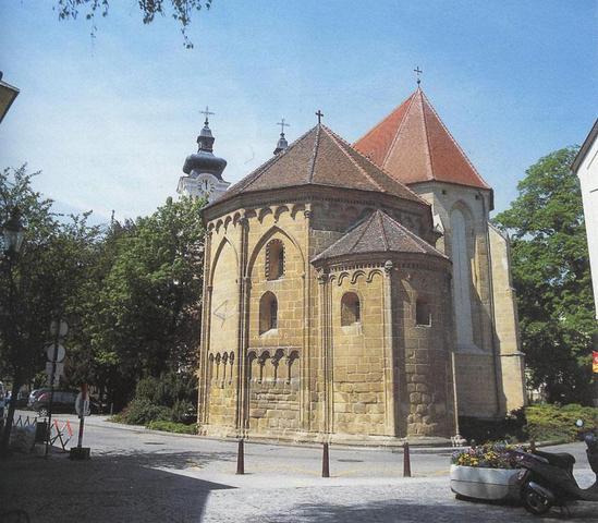 Kirche in Tulln - (Österreich, Region, Highlights)
