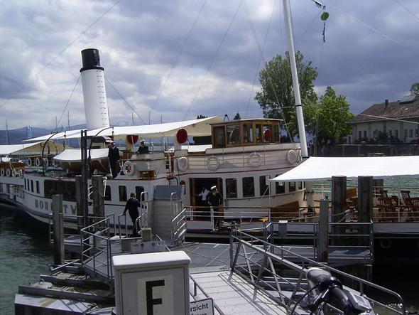 Das Dampfschiff Hohentwiel - (Deutschland, Insel, Bodensee)