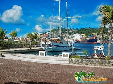 "Das Boot ""Diamant"" in Port Louis - (Karibik, Reiseanbieter, Segelboot)"