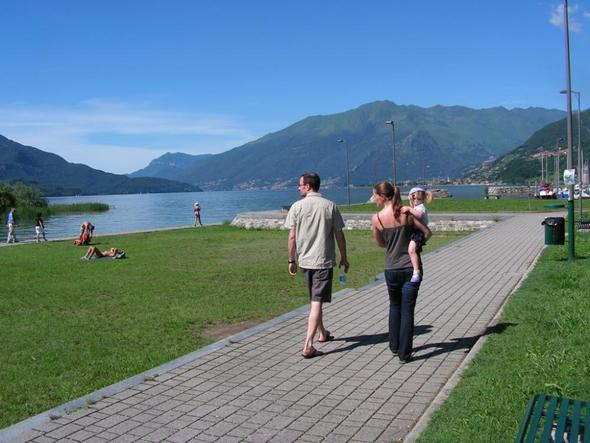 Gera Lario - Blickrichtung Sueden - (Italien, Familienurlaub, See)