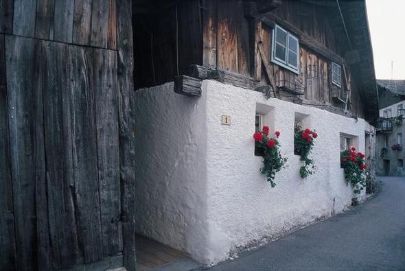 Malerische Gassen und historische Ansitze - (Kultur, Sport, Familienurlaub)