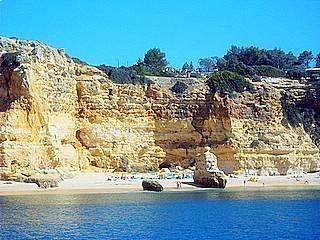 Praia da Marinha bei Carvoeiro - (Auto, Portugal, Strandurlaub)