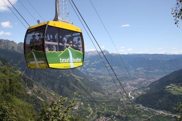 Mit der Seilbahn auf 1.544 m - (Italien, Wandern, Natur)