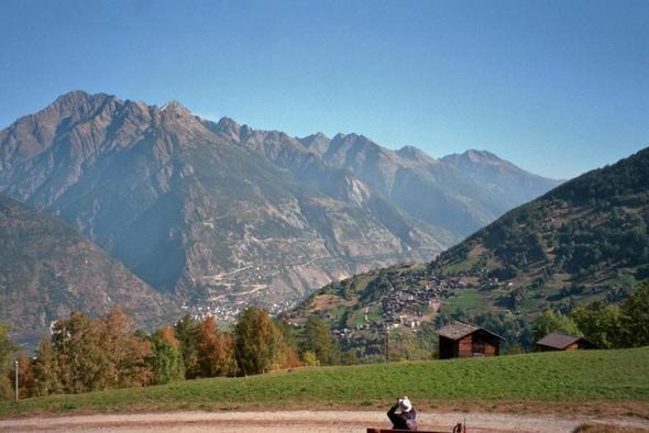 Ausblick von Oberems zur Lötschberg-Südrampe - (Italien, Wandern, Natur)
