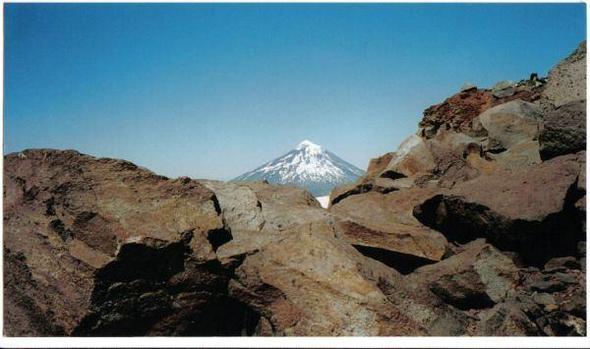 Vulkan Lanín, von Chile aus gesehen. - (Südamerika, Lateinamerika, Argentinien)