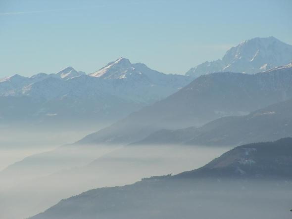 Blick über das Aostatal zum Mont Blanc - (Italien, Nationalpark, Gran Paradiso)