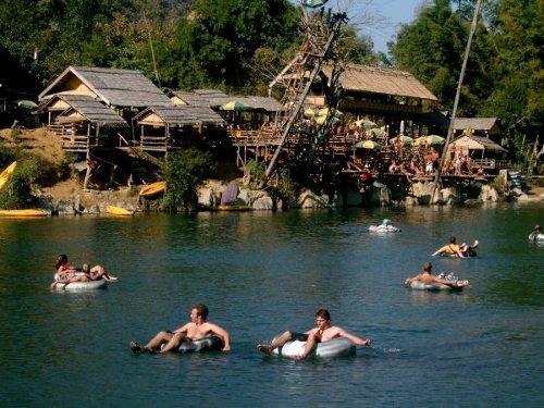 Laos, Vang Vieng, River Tubing - (Asien, Thailand, Kambodscha)
