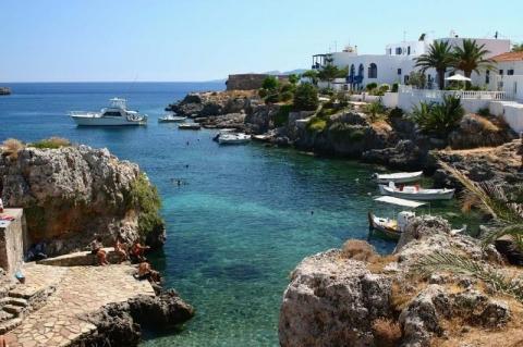 Dorf in Kythera - (Insel, Griechenland, Sandstrand)