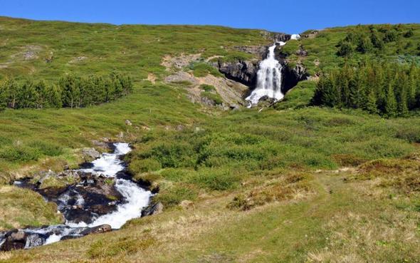 Wasserfall bei Ísafjörður/ Island - (Natur, Island, Wasserfall)