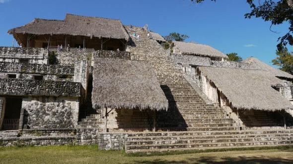 Pyramide - (Mexiko, Mittelamerika, Tourist)
