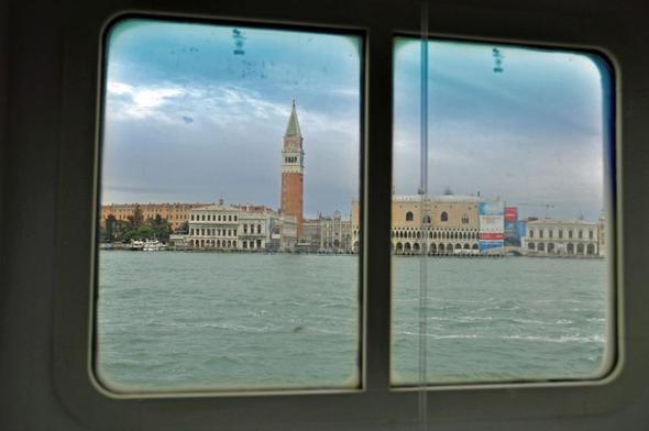 Venedig aus Kabinensicht - (Kreuzfahrt, AIDA, Kabine)