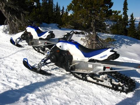 - (Amerika, Kanada, Skifahren)