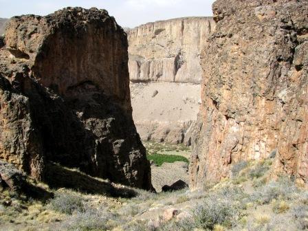 Einstieg zur Cueva de las Manos - (Südamerika, Lateinamerika, Argentinien)