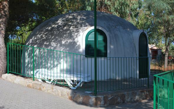 """Pizzaofen"" Cefalu - (Italien, Camping, Campingplatz)"