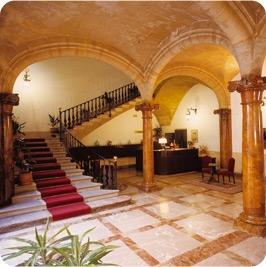 Hotel Born - (Hotel, Spanien, Balearen)