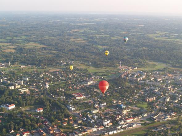 Lettland - mit heissluftballon - (Tourismus, Lettland, Riga)