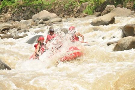 White Water Rafting - (Südamerika, Costa-Rica, Parque-nacional)