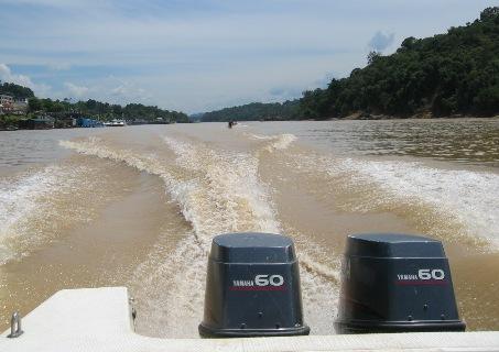 Unterwegs auf dem Rajang - (Asien, Indonesien, Südostasien)