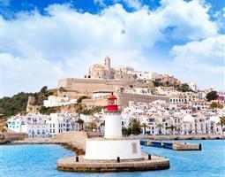"""Die """"Hauptstadt"""" von Ibiza #Eivissa. - (Hotel, Spanien, Insel)"""