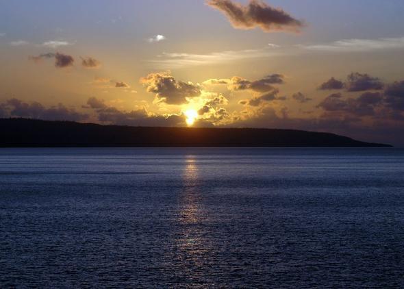 Sonnenuntergang auf  Christmas Island - (Reiseziel, weltweit, Flora und Fauna)