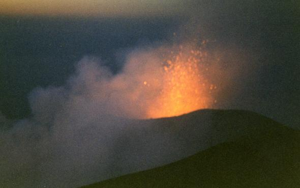 Der Vulkan Stromboli - (Italien, Reiseziel, Inselurlaub)