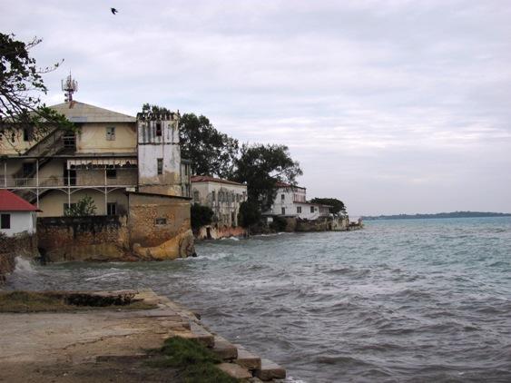 Stone Town - manchmal sieht es wie am Gardasee aus :-) - (Hotel, Strand, Ausflug)