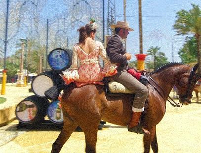 Dieses Liebespaar ist nicht für Touristenzwecke, sondern aus Vergügen unterwegs. - (Spanien, Andalusien, Pferde)
