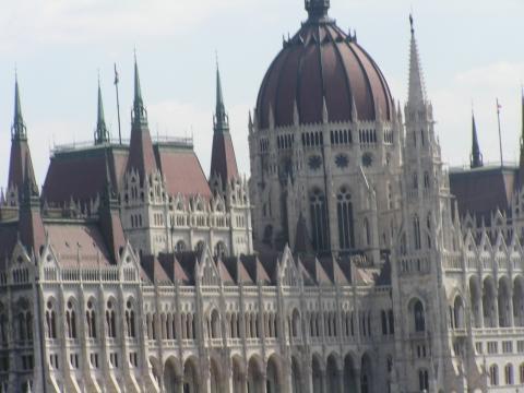 - (Ungarn, Budapest, Spezialitäten)
