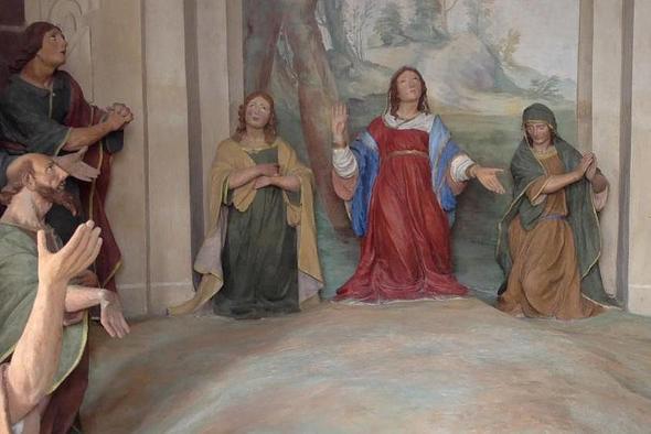 Figuren in einer der Kapellen - (Europa, Italien, Reiseziel)