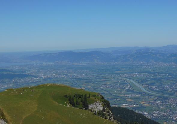 Blick vom Hohen Kasten (Brülisau) wie der Rhein in den Bodensee läuft - (Schweiz, Ausflug, Kanton)