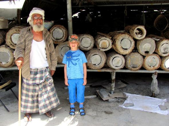 Zu Gast bei einem einheimischen Imker - (Reiseveranstalter, Oman, Reiseleiter)