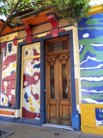 Hausfassade in der Calle Lanin - (Städtereise, Südamerika, Argentinien)