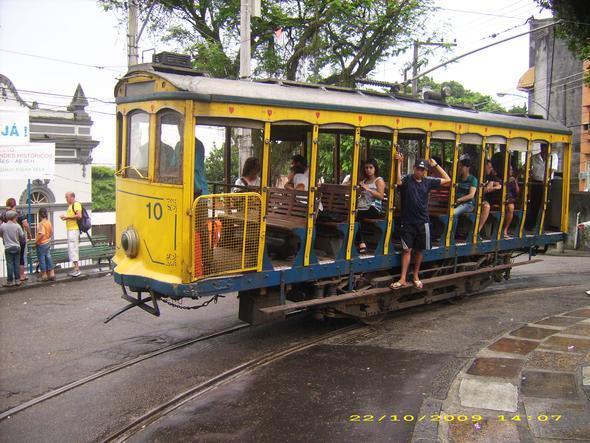 Mit der Straßenbahn durchs Künstlerviertel - (Rio de Janeiro, Corcovado)